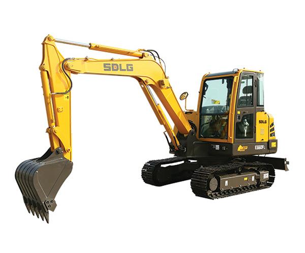 E660FL挖掘机